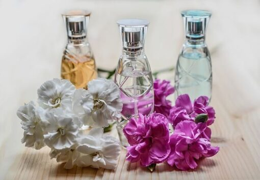 perfume 1433653 640